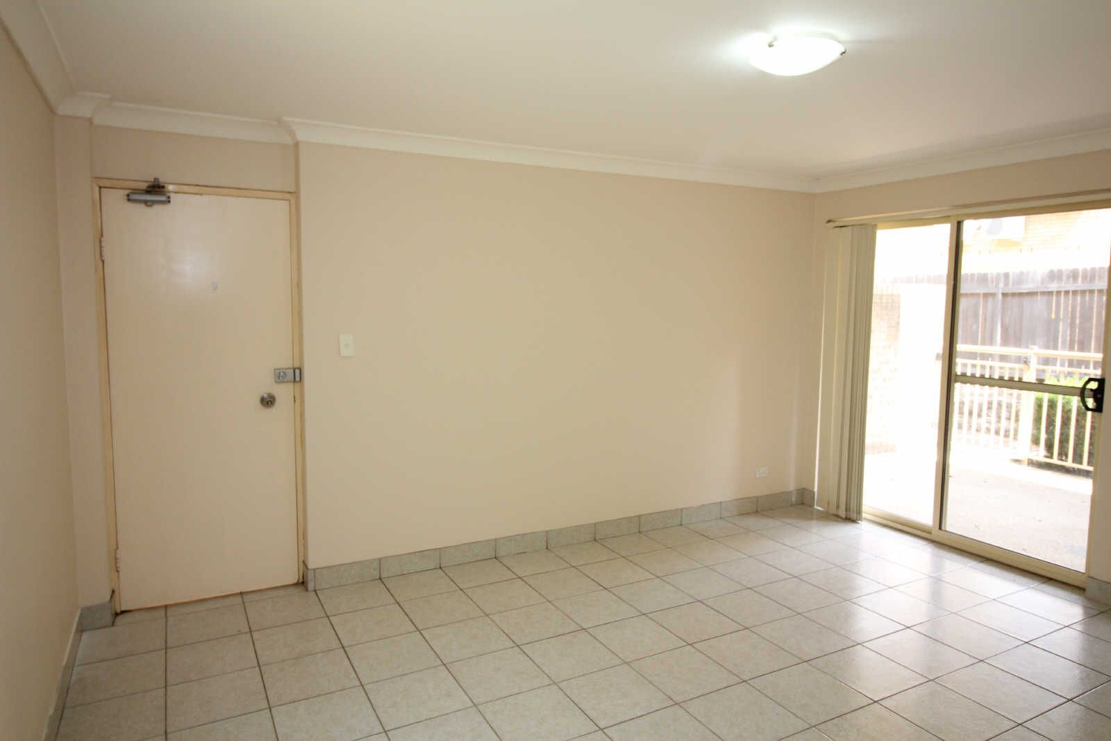 04/09 OXFORD STREET, Merrylands NSW 2160, Image 1