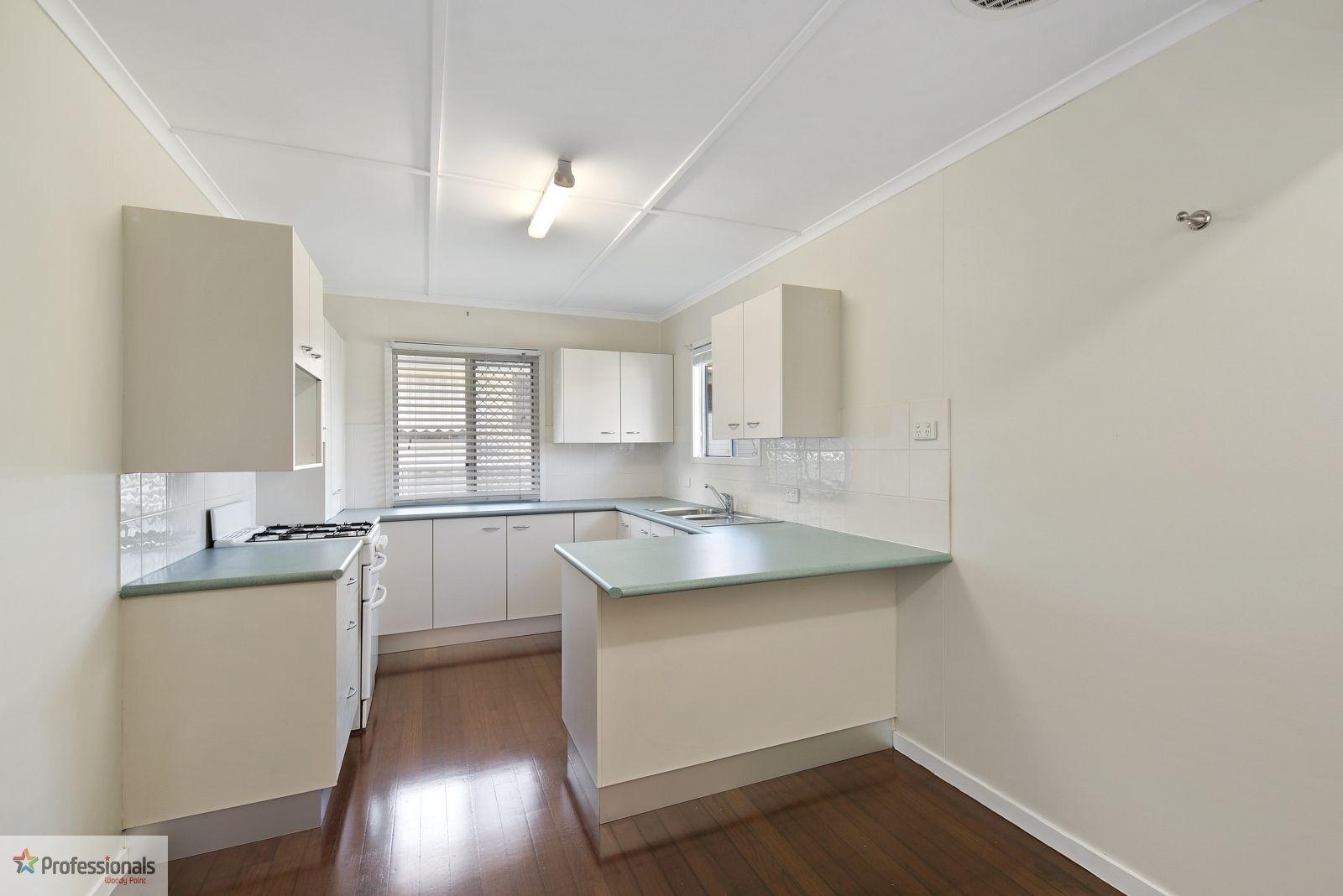 13 Dalton Street, Kippa-Ring QLD 4021, Image 2
