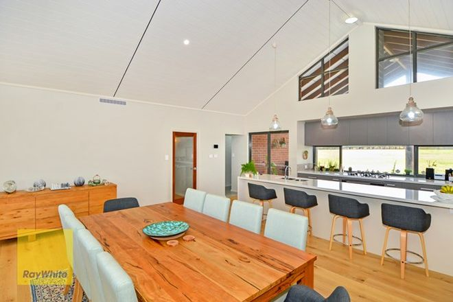 Picture of 11 Barfleur Place, MARBELUP WA 6330