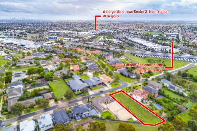 Picture of 19 Robertsons Road, TAYLORS LAKES VIC 3038