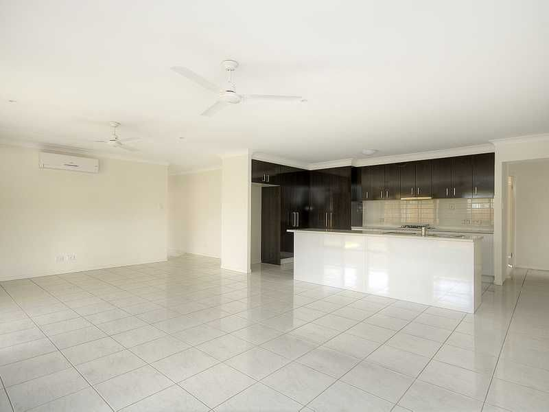 5 TALBOT COURT, Upper Coomera QLD 4209, Image 2