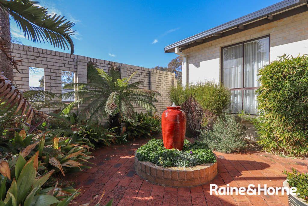 19 Weeks Place, West Bathurst NSW 2795, Image 1
