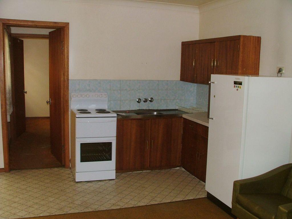 2/230 Beardy Street, Armidale NSW 2350, Image 0