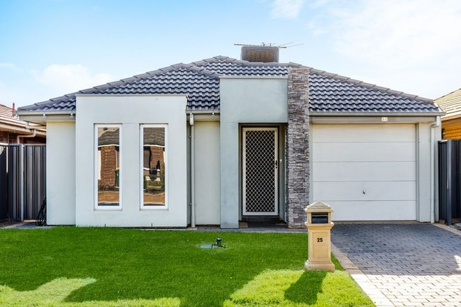 Picture of 25 Valiant Road, MUNNO PARA WEST SA 5115