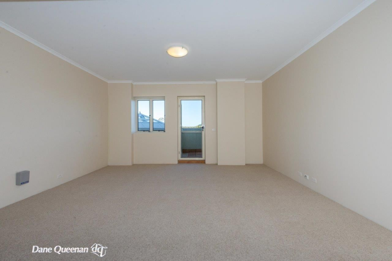 101/2 Messines Street, Shoal Bay NSW 2315, Image 2