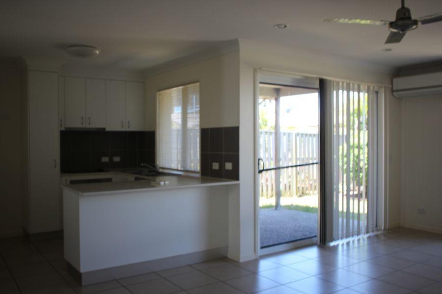 142 Whitehaven Drive, Blacks Beach QLD 4740, Image 2