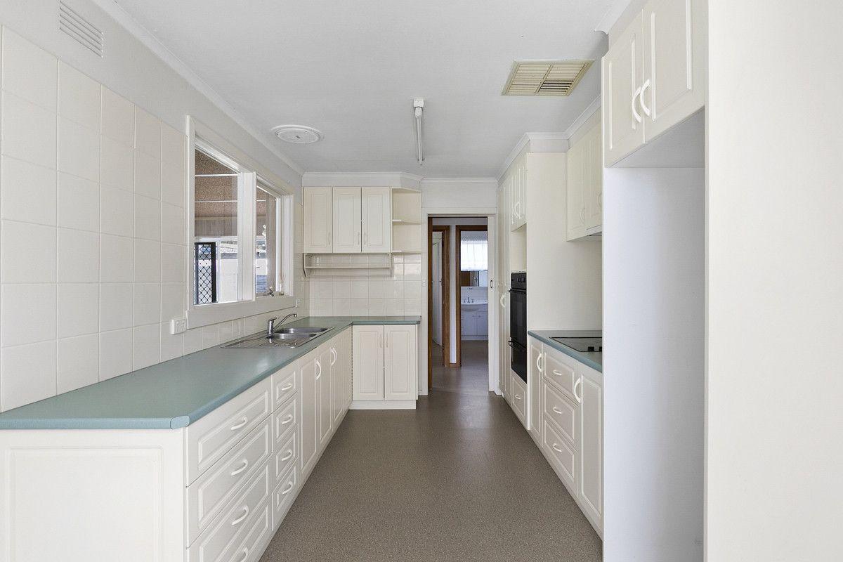 76 Barwon Terrace, Winchelsea VIC 3241, Image 1
