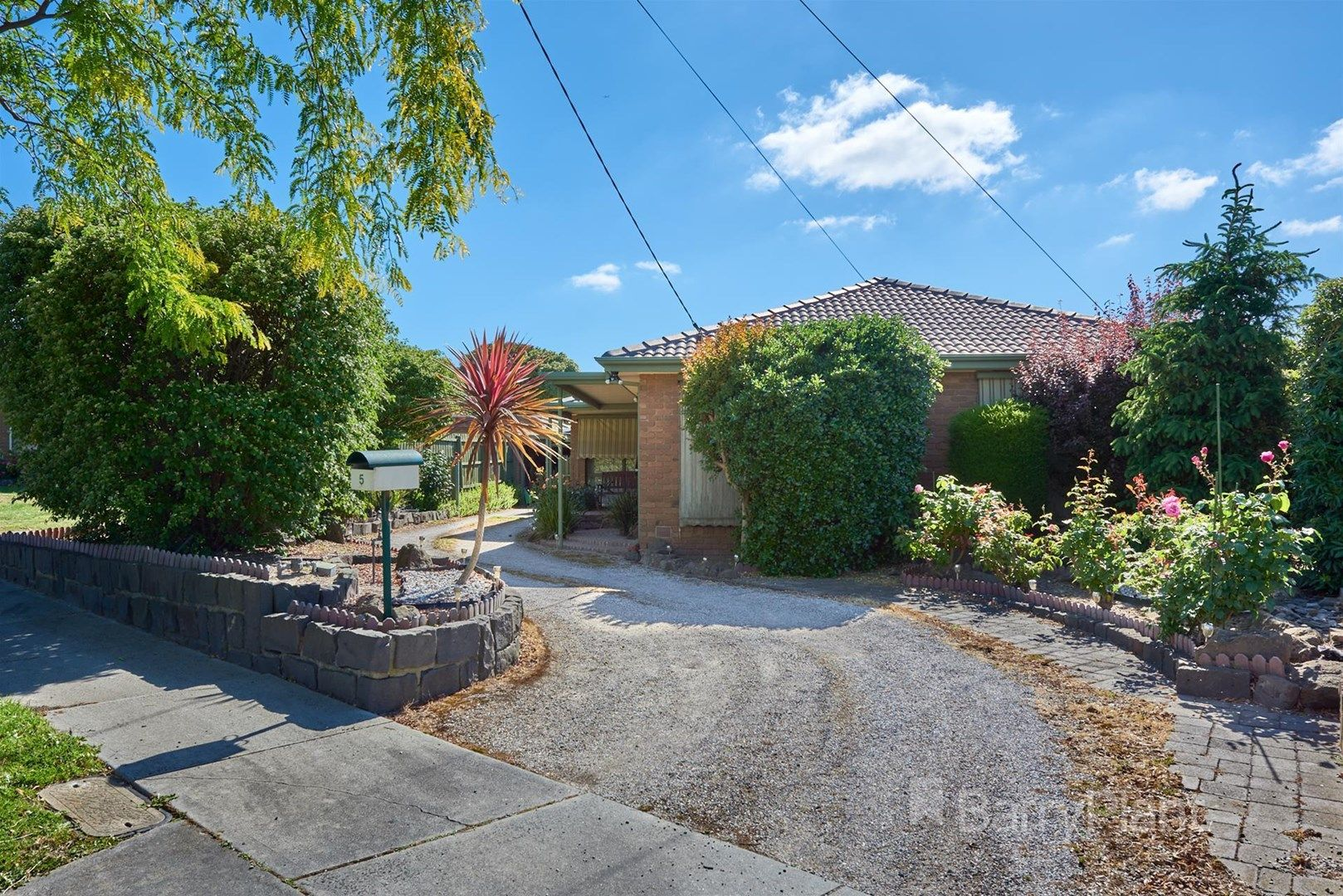 5 Lyndale Court, Dandenong North VIC 3175, Image 0