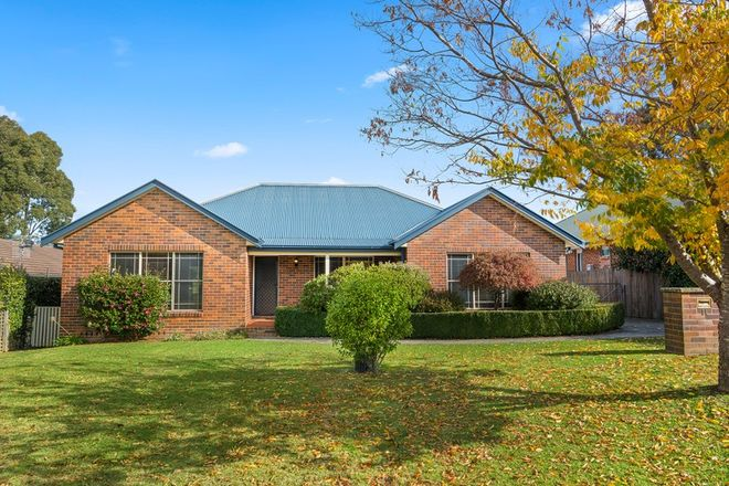 Picture of 11 Lilac Avenue, BOWRAL NSW 2576
