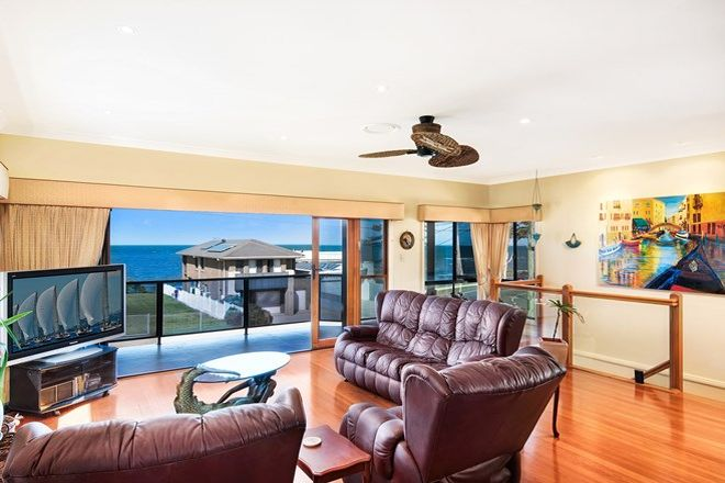 Picture of 5 Whytecliffe Parade, WOODY POINT QLD 4019