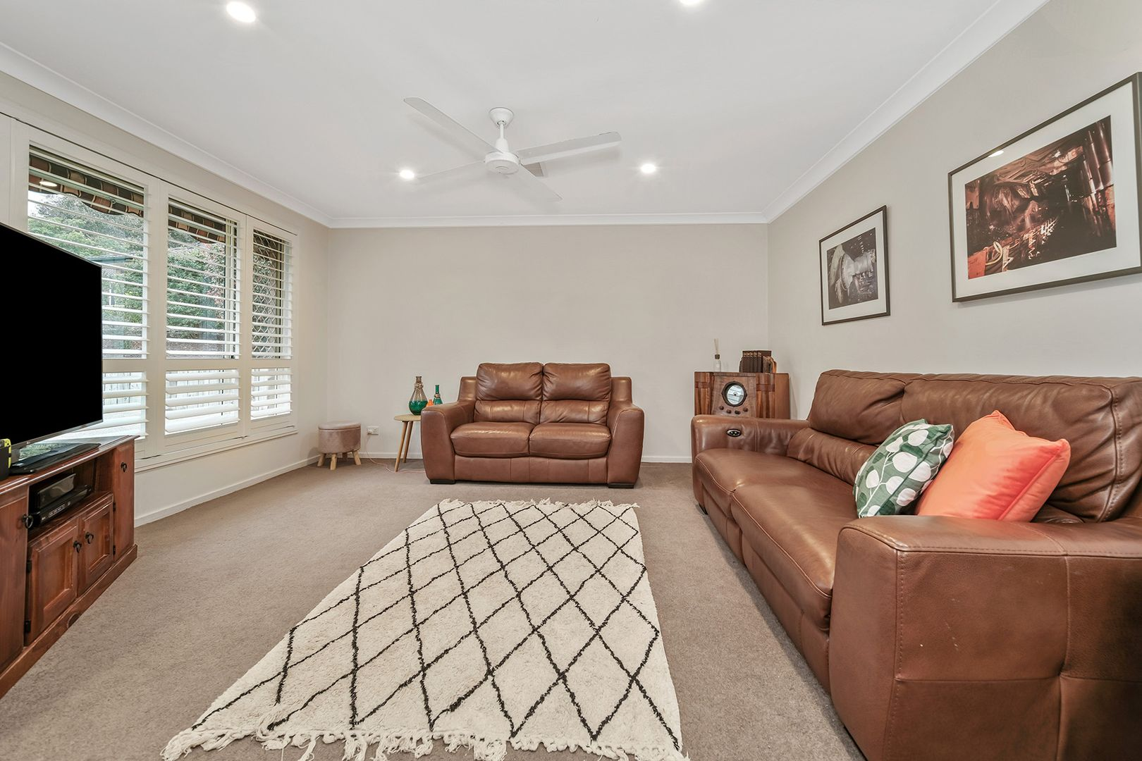 2 Jeffro Place, Elermore Vale NSW 2287, Image 0