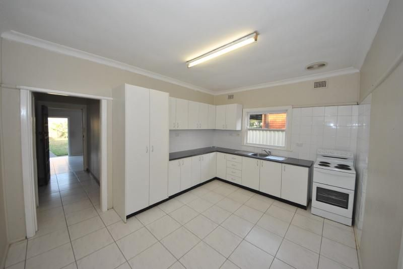15 Robertson Road, Chester Hill NSW 2162, Image 1