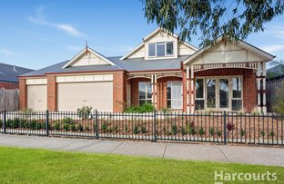 Picture of 22 Skyline Way, Berwick VIC 3806
