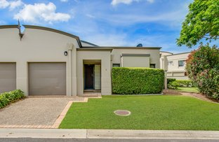 Picture of 2/117 Palm Meadows Drive, Carrara QLD 4211