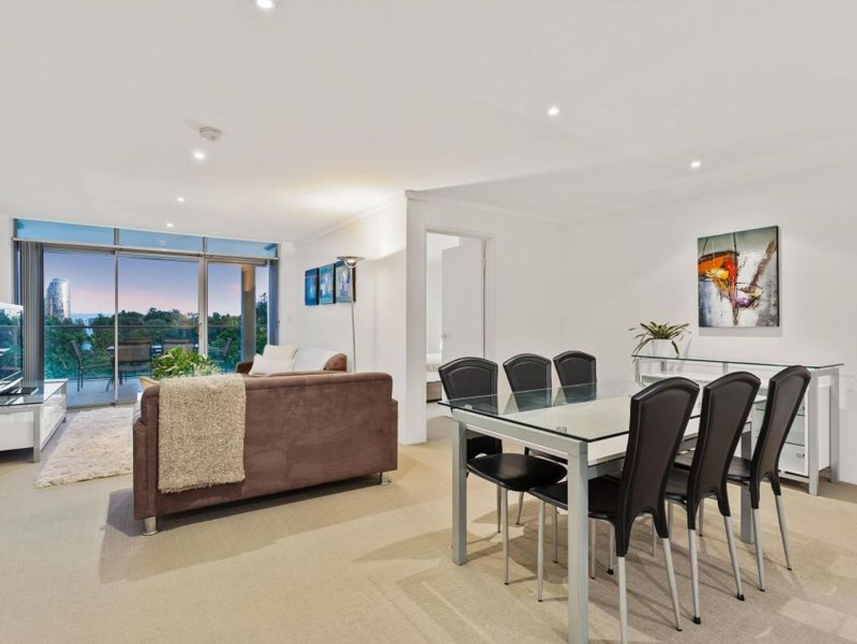 23/138 Mounts Bay Road, Perth WA 6000, Image 2