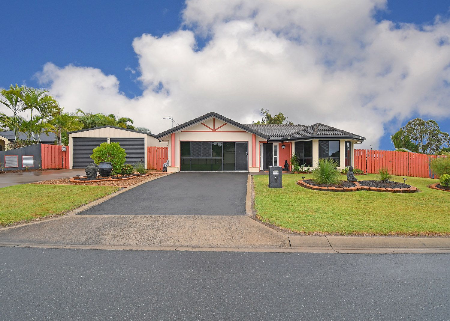 1 Glen Eagles Close, Wondunna QLD 4655, Image 0