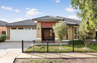 Picture of 10 Walton Loop, Point Cook VIC 3030