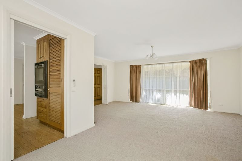 1/5 Betty Avenue, Mount Eliza VIC 3930, Image 2