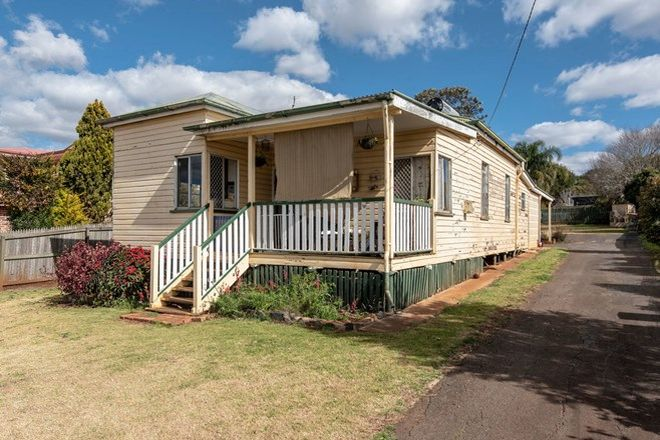 Picture of 31 Helen Street, NEWTOWN QLD 4350