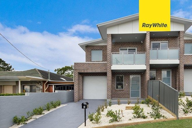 Picture Of 8 Hilltop Crescent Campbelltown Nsw 2560