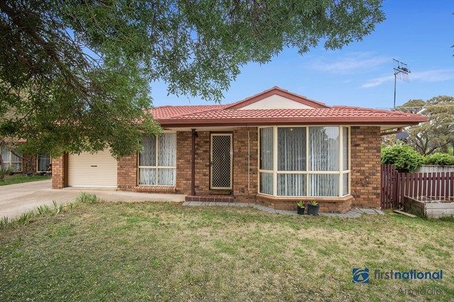Picture of 1/29 Ishbell Drive, ARMIDALE NSW 2350