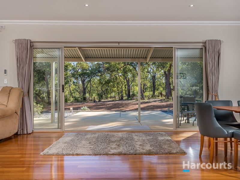 27 Holstein Loop, Lower Chittering WA 6084, Image 2