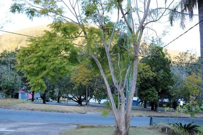 Picture of 13 King Street, SOMERSET DAM QLD 4312