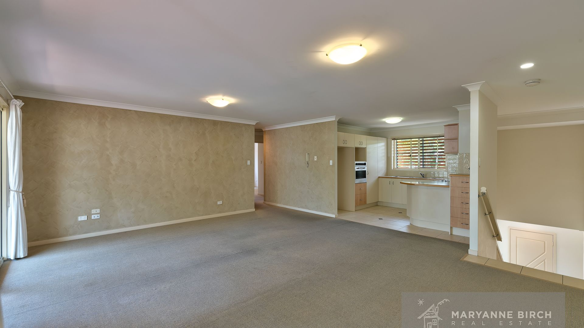 2/127 Belgrave Street, Morningside QLD 4170, Image 2