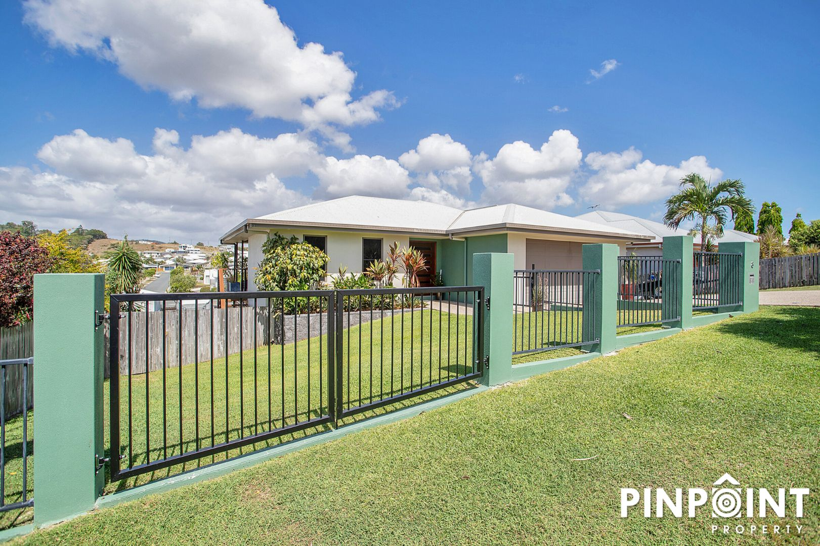 8 Gillies Court, Rural View QLD 4740, Image 2