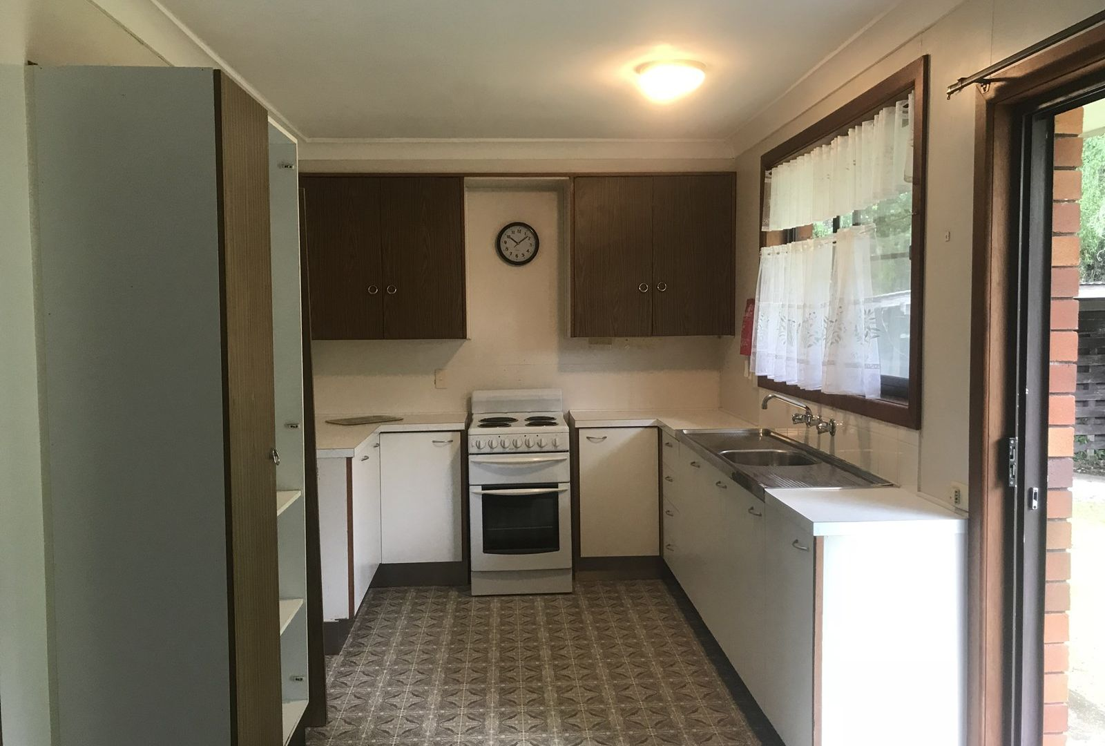 16 Gillibri Crescent, Sawtell NSW 2452, Image 2