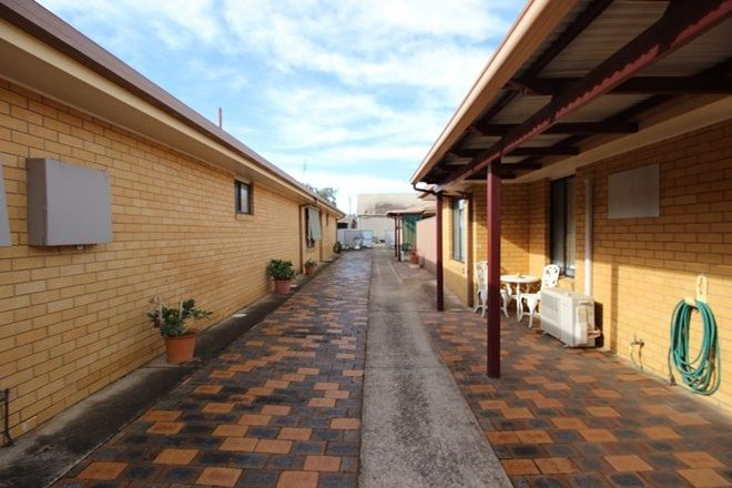 Picture of 62 Murray St, COOTAMUNDRA NSW 2590