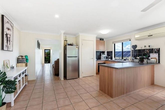 Picture of 14 Sandhurst Place, BRASSALL QLD 4305