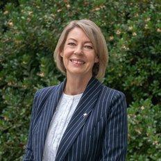 Carole Lenander, Sales representative