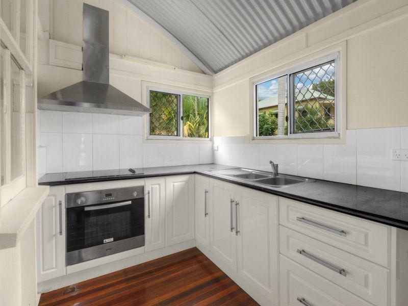 47 Wedd Street, Spring Hill QLD 4000, Image 2