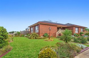 Picture of 5 Crestmont Drive, Melton South VIC 3338