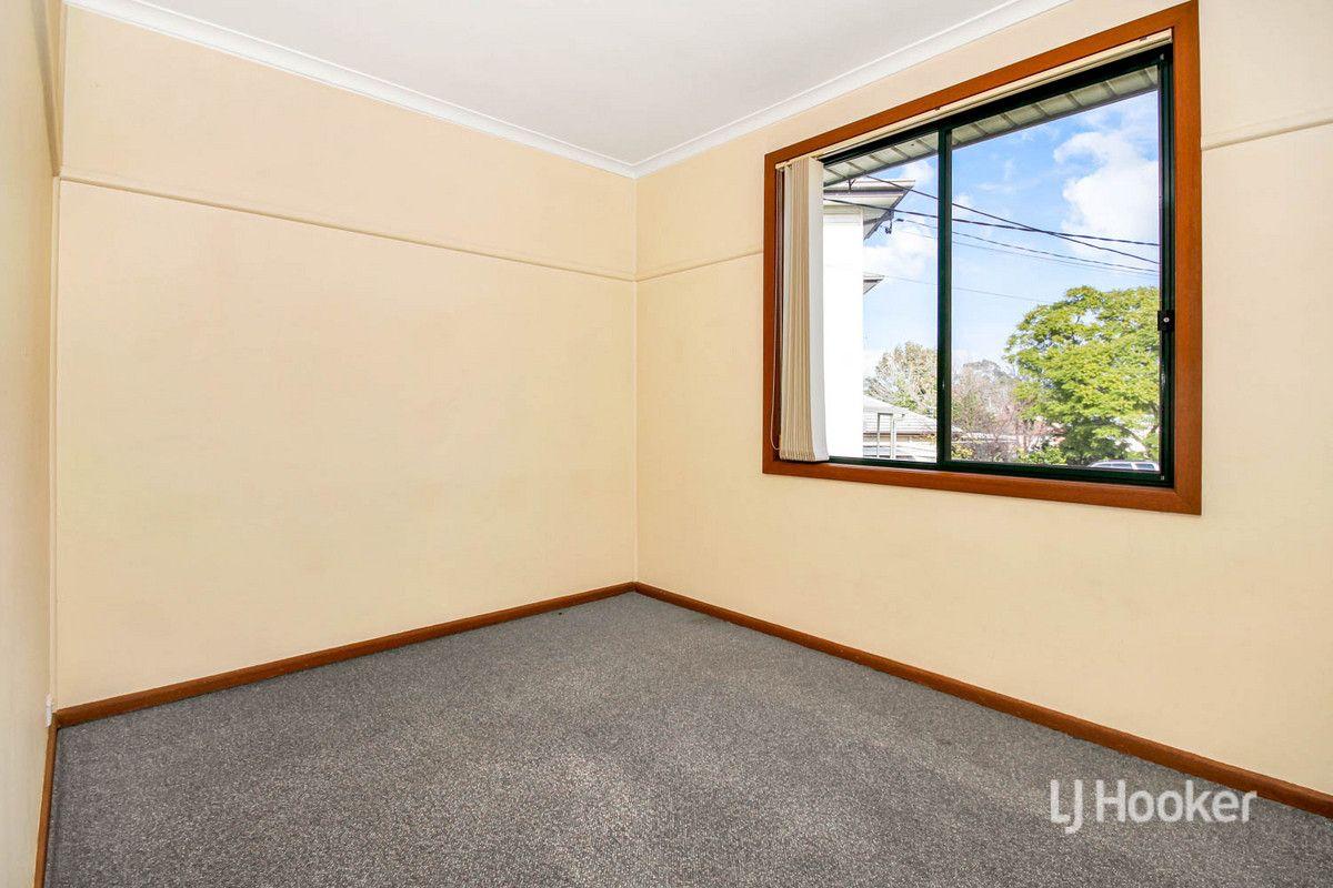 4 Lily Place, Lalor Park NSW 2147, Image 2