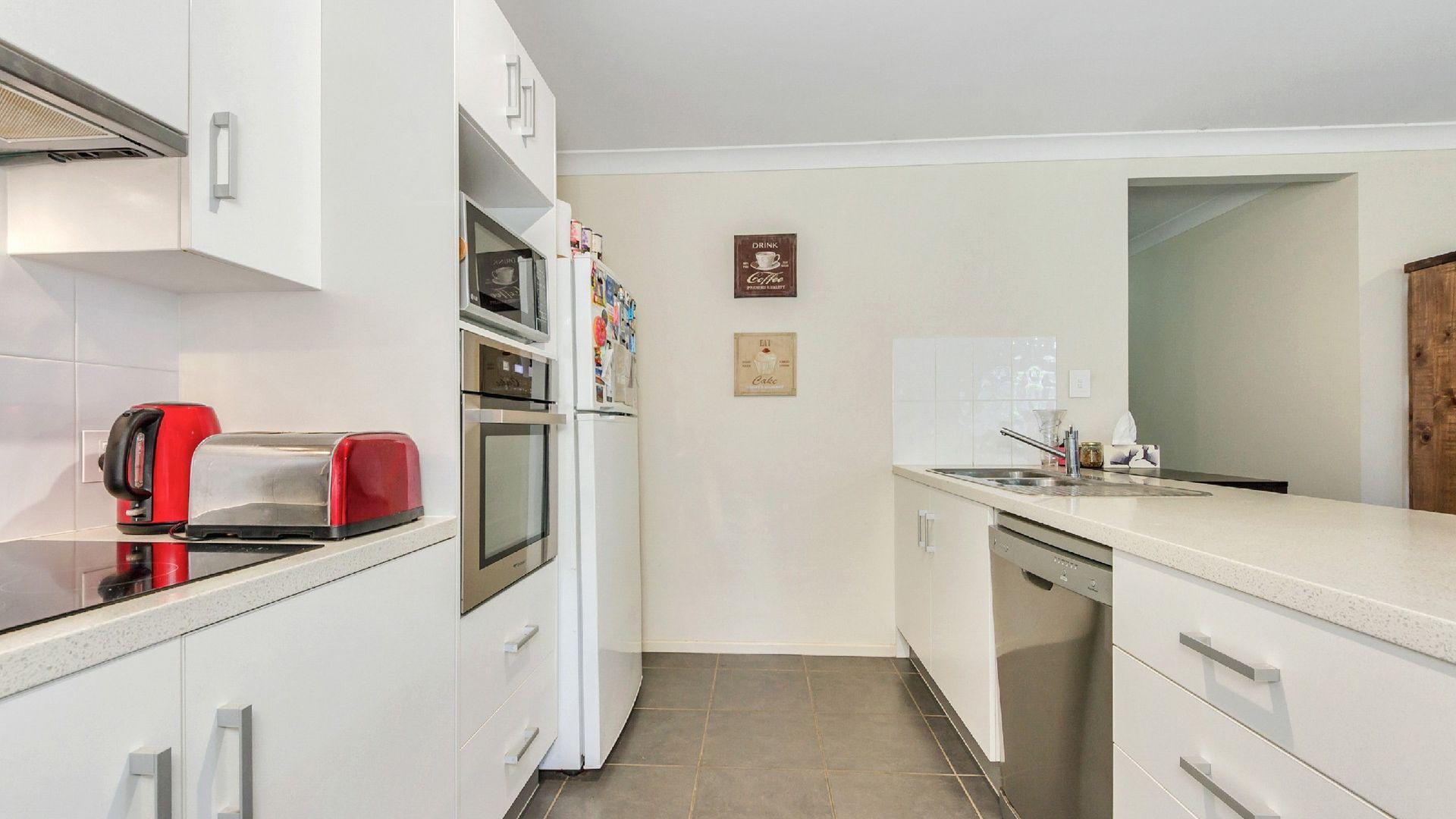 24 Brain Street, Bald Hills QLD 4036, Image 2
