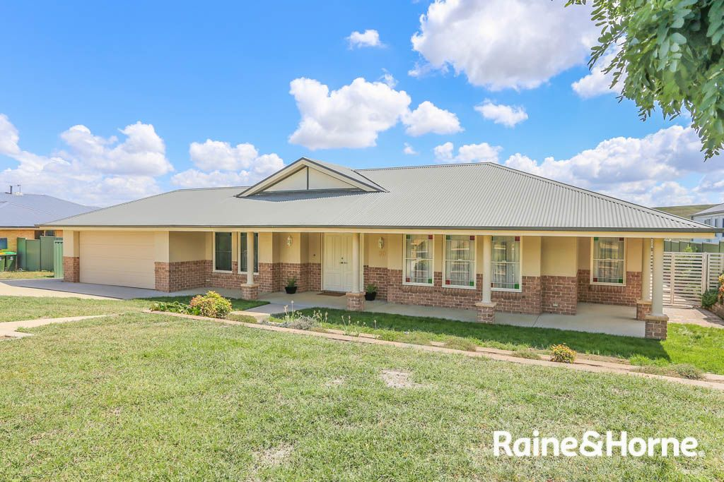 30 Emerald Drive, Kelso NSW 2795, Image 0
