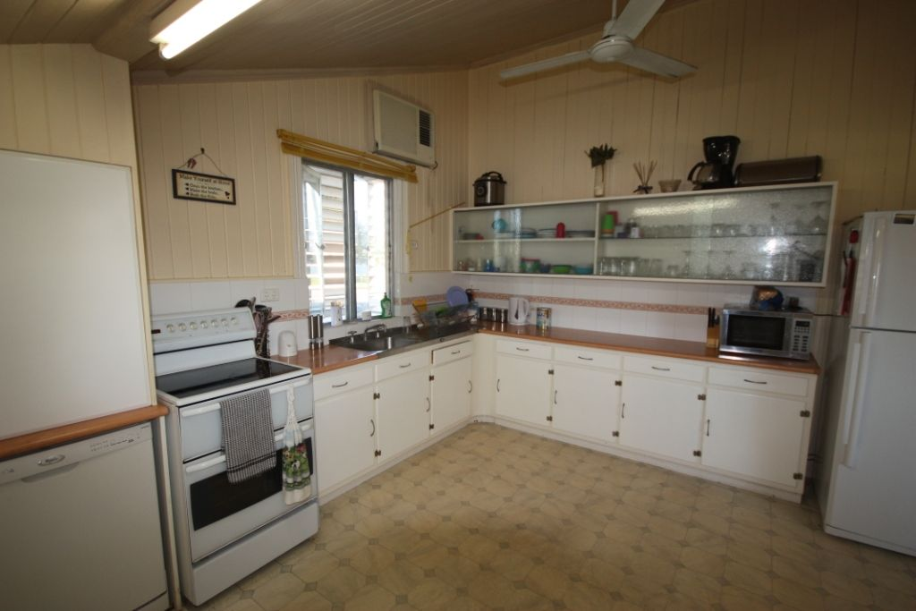 19 Eleventh Street, Home Hill QLD 4806, Image 1