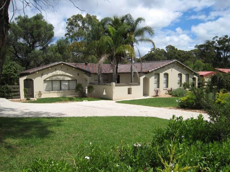80 Elvy St, BARGO NSW 2574, Image 0