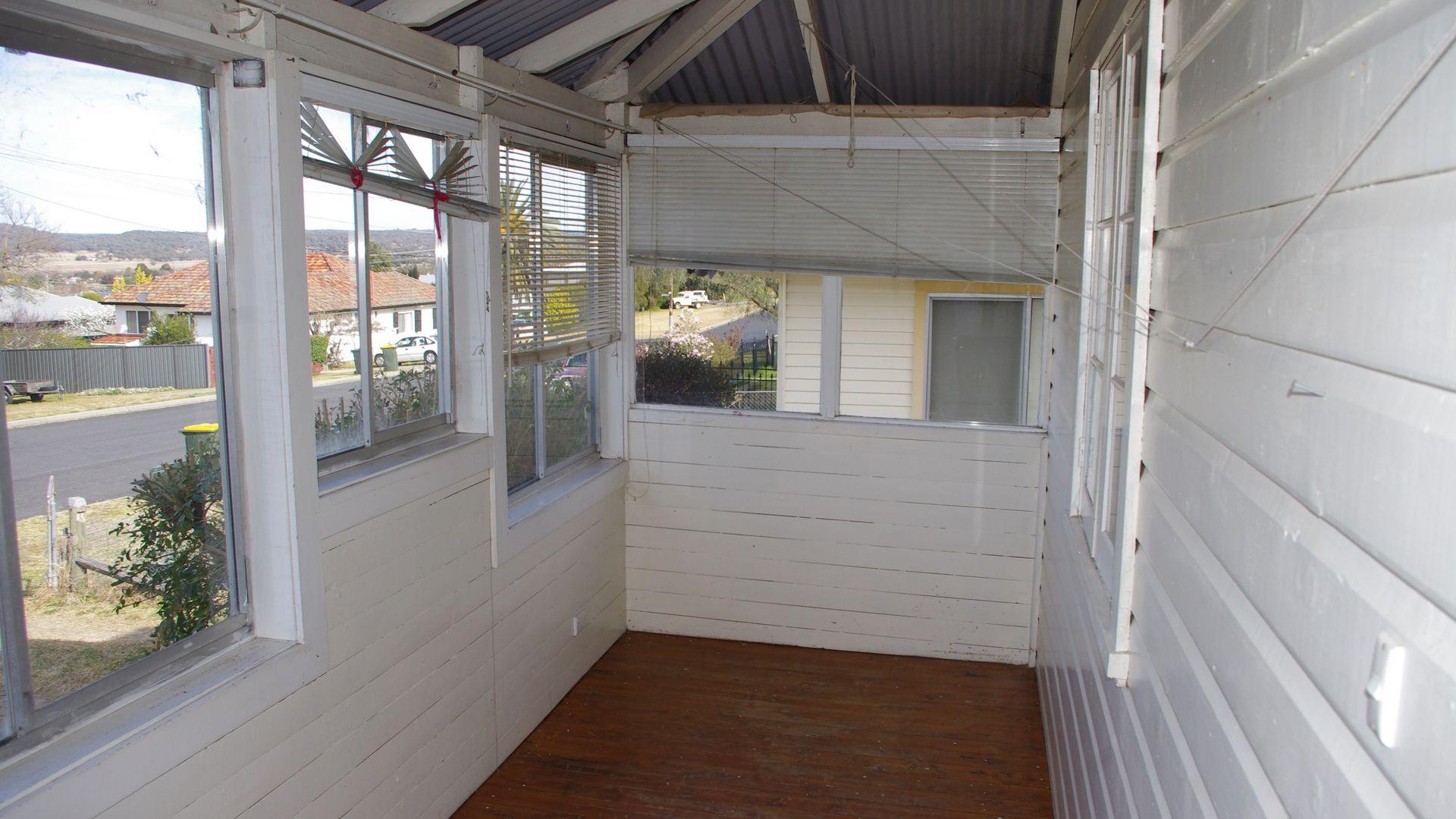 12 Swan Street, Inverell NSW 2360, Image 2