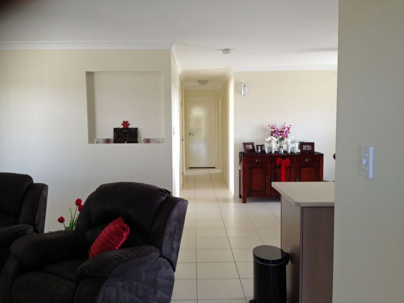 26 Austin Crescent, Moura QLD 4718, Image 2