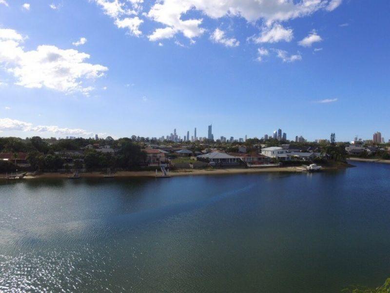 11 Yunga Court, Broadbeach Waters QLD 4218, Image 2