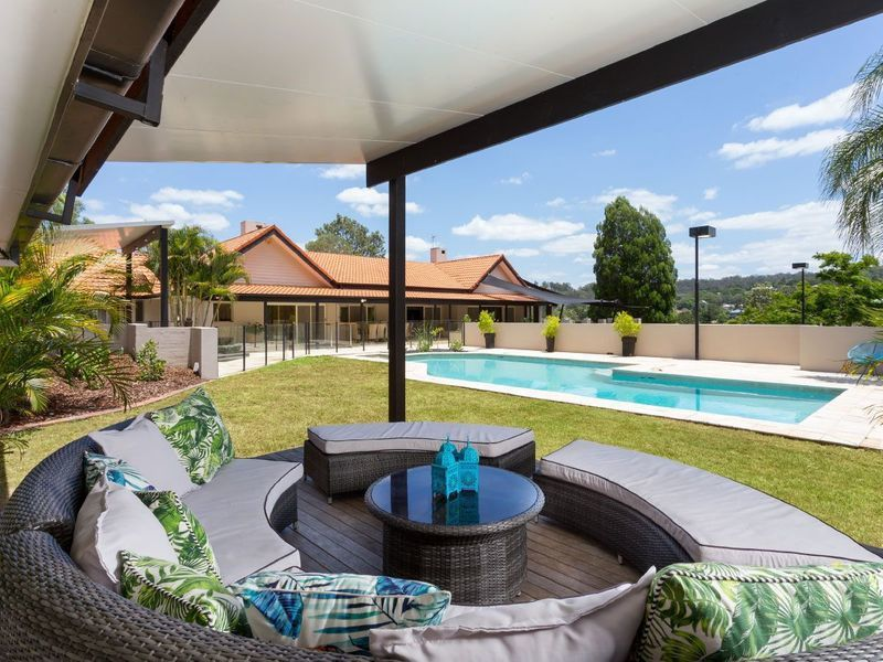 91 Airlie Road, Pullenvale QLD 4069, Image 2