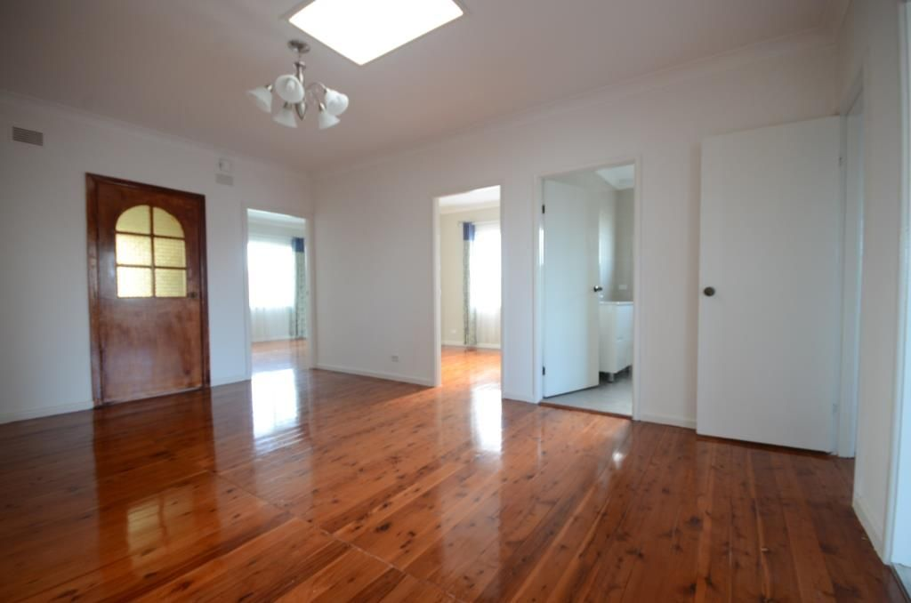 44A Maunder Ave, Girraween NSW 2145, Image 2