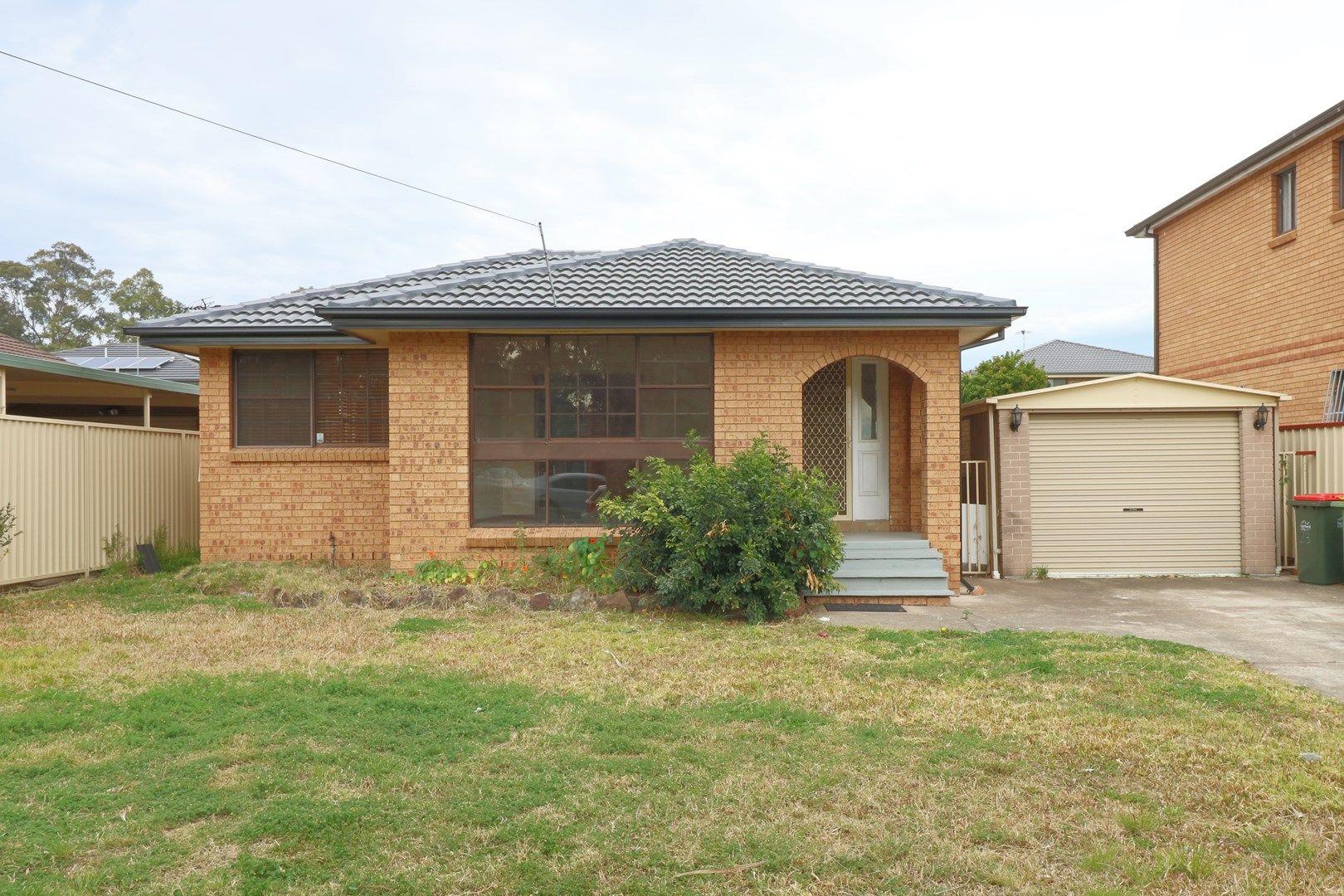 23 Moonlight Road, Prairiewood NSW 2176, Image 0