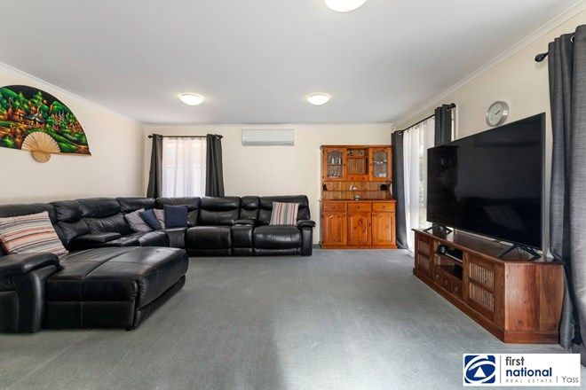 Picture of 12 Short st, YASS NSW 2582