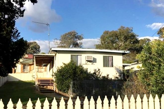 Picture of 7 Booral Avenue, TUMUT NSW 2720
