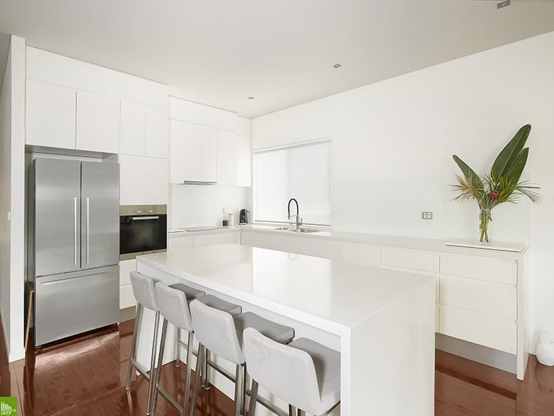 54 Bruce Street, Unanderra NSW 2526, Image 2