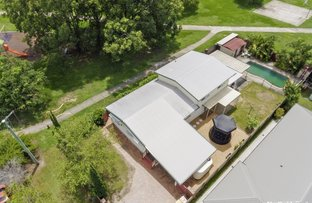 Picture of 10 Hedge Street, Strathpine QLD 4500